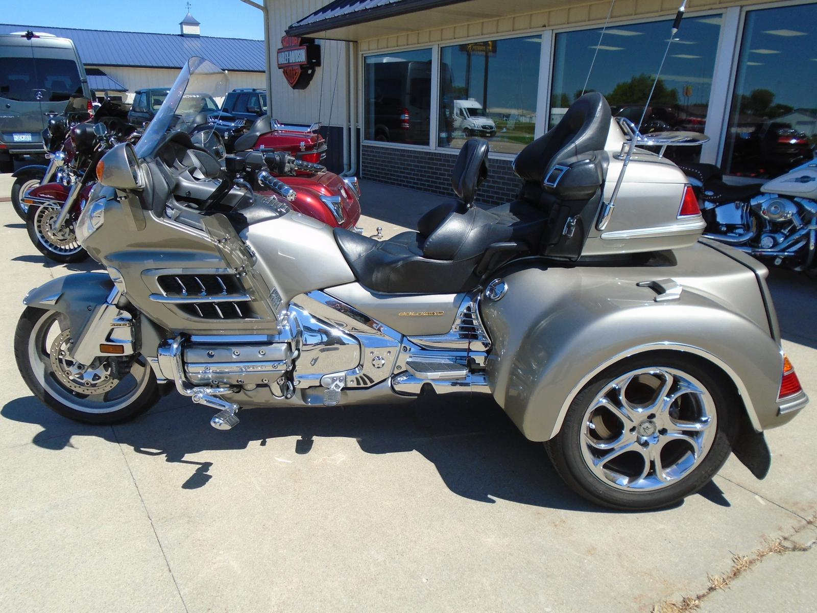 2002 Road Smith GL1800, motorcycle listing