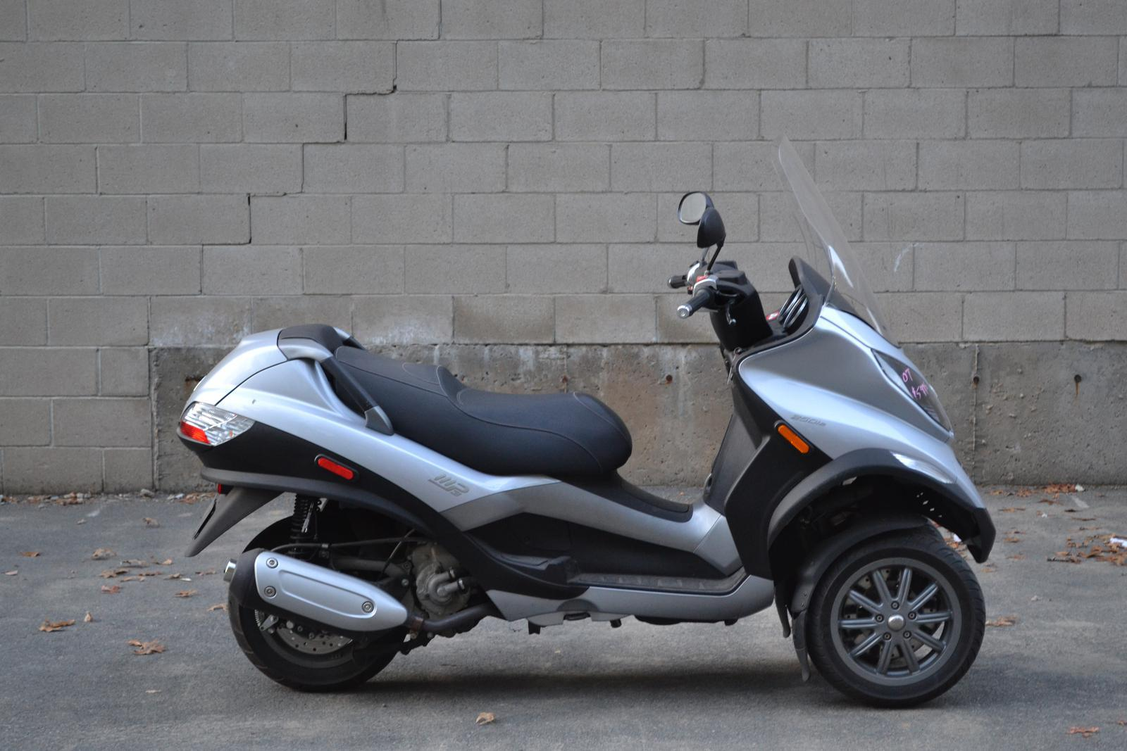 2007 Piaggio MP3 250, motorcycle listing