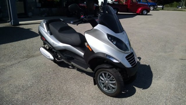 2008 Piaggio MP3 250, motorcycle listing