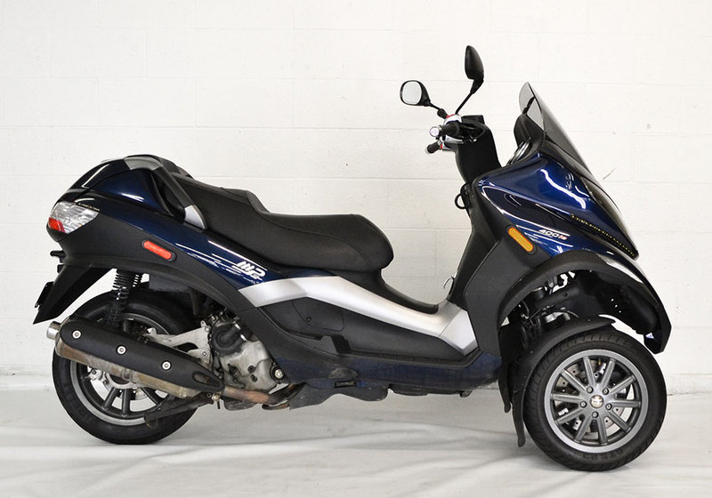 2009 Piaggio MP3 Three Wheeler 400, motorcycle listing