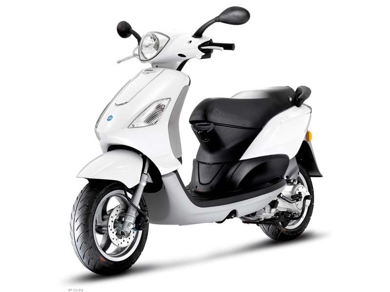 2011 Piaggio Fly 50, motorcycle listing