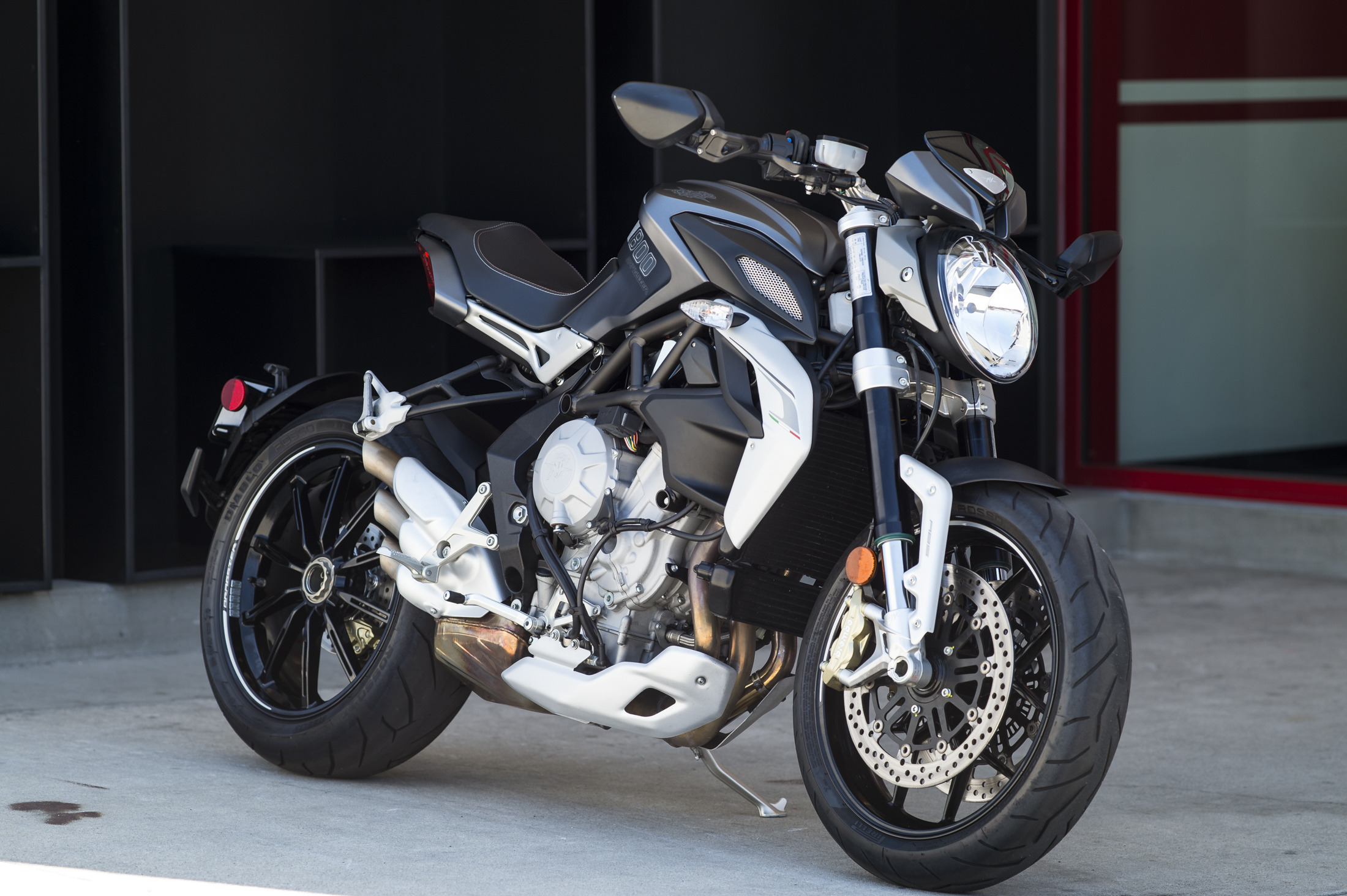 2014 Mv Agusta BRUTALE 800 DRAGSTER, motorcycle listing