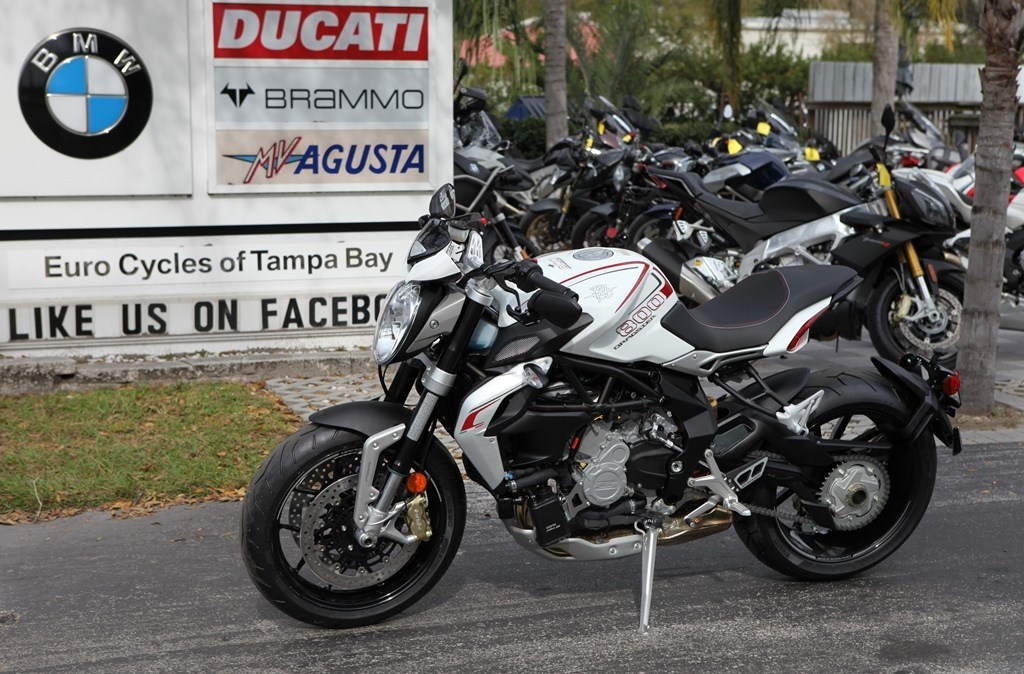 2015 Mv Agusta BRUTALE 800 DRAGSTER, motorcycle listing
