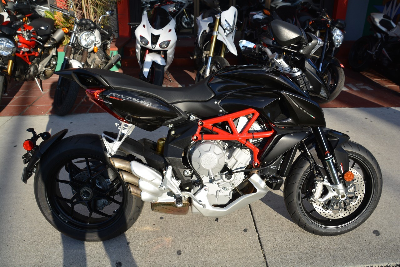 2015 Mv Agusta Rivale 800 ABS, motorcycle listing