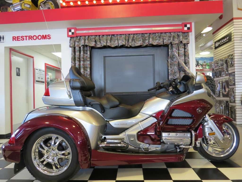 2015 Road Smith /Honda GL1800-HTS1800 Trike, motorcycle listing