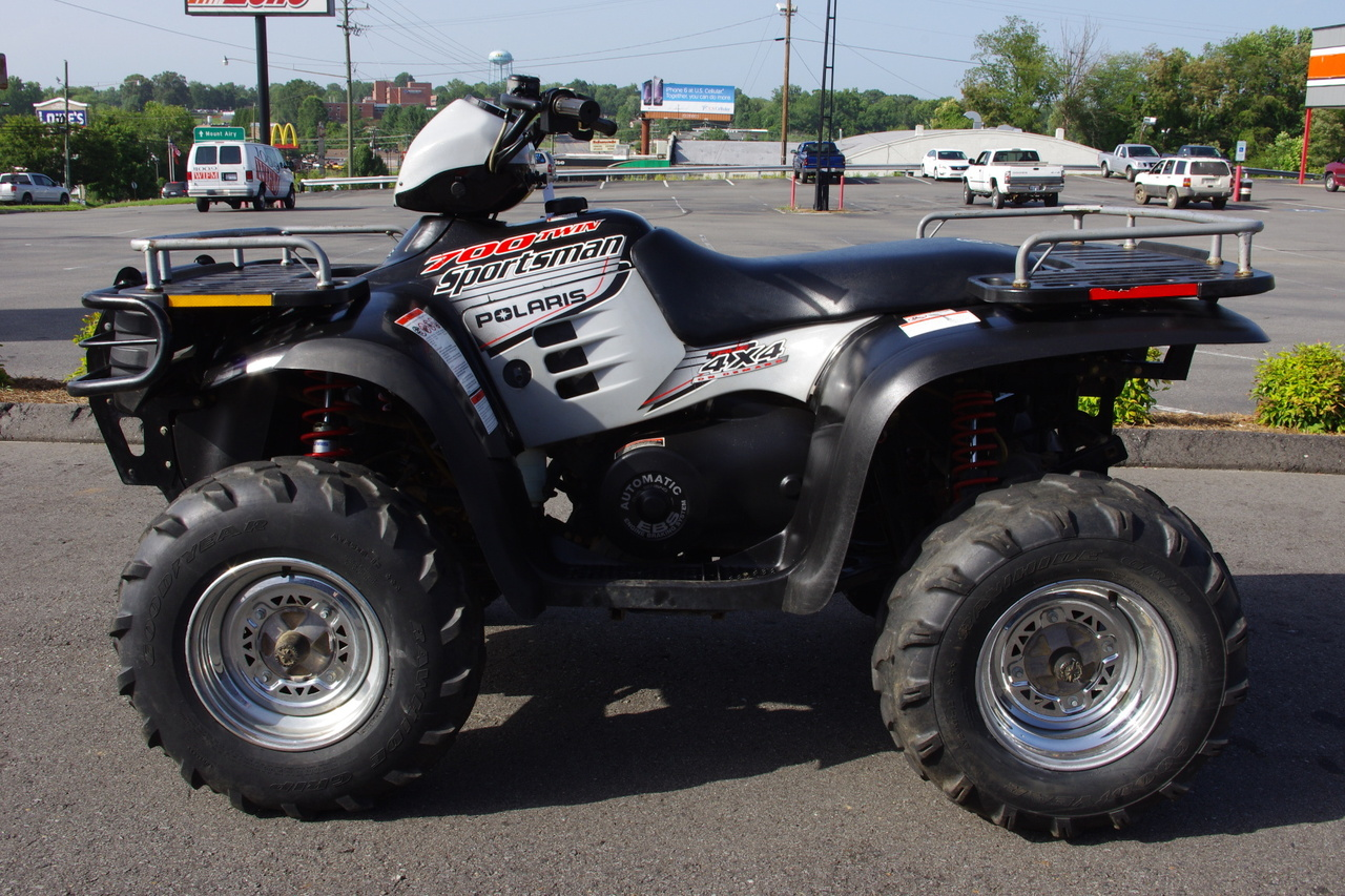 2003 Polaris SPORTSMAN 700, motorcycle listing