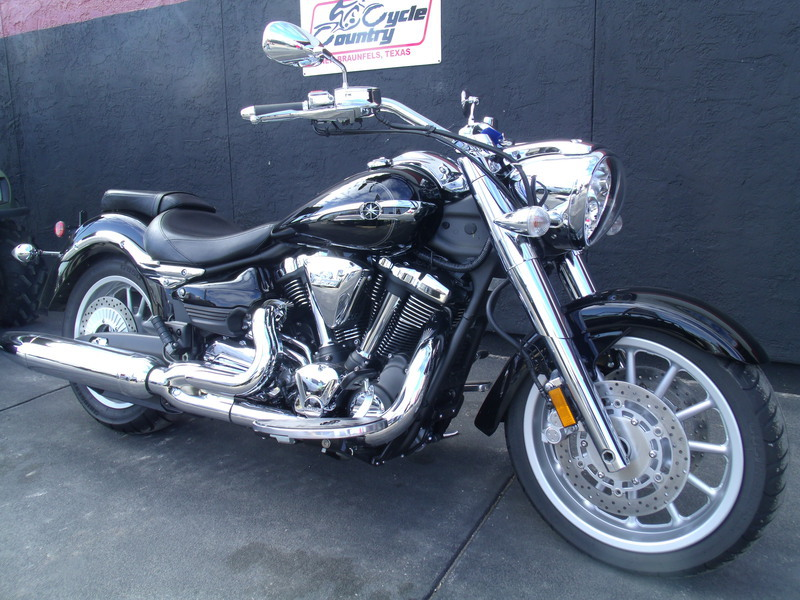 2013 Star Motorcycles Roadliner S, motorcycle listing