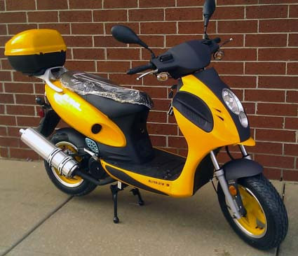 2014 Sunny 150cc Super Bee Moped Scooter ON SALE, motorcycle listing