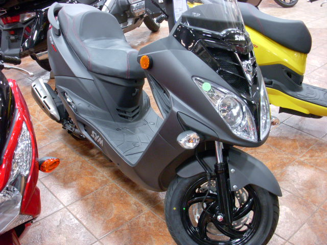 2013 SYM POWERSPORTS RV200, motorcycle listing