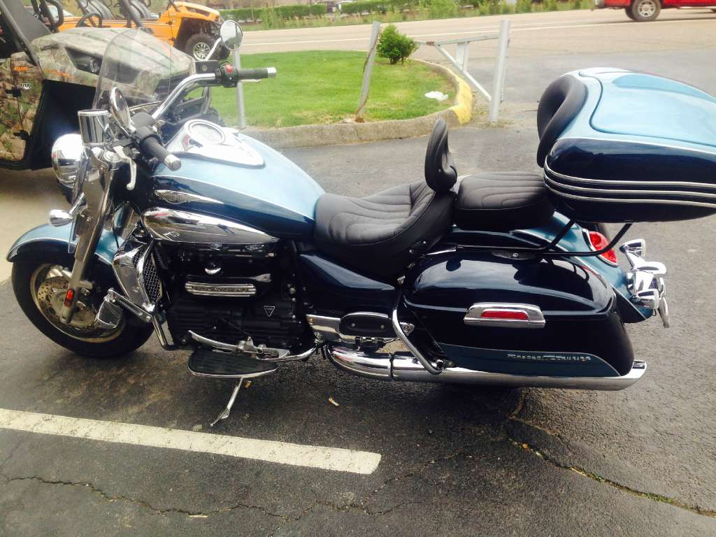 2008 Triumph Rocket III Touring, motorcycle listing