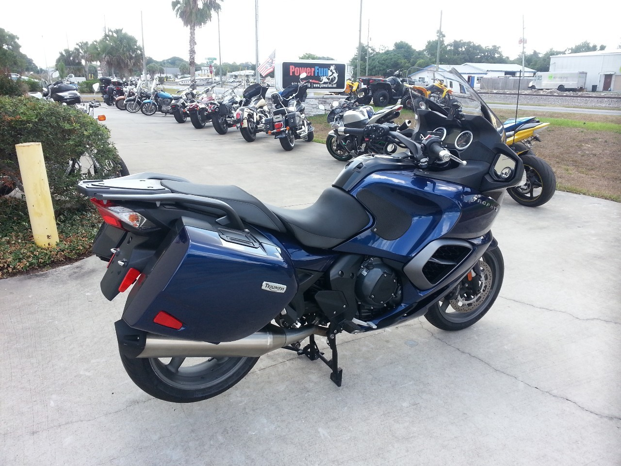 2013 Triumph TROPHY 1200 SE , motorcycle listing