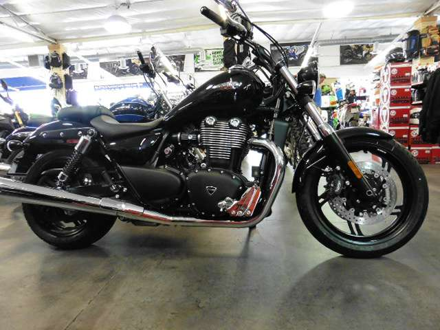 2014 Triumph Thunderbird Storm ABS, motorcycle listing