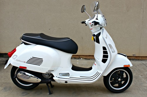 2009 vespa gts 250 motorcycle from mobile al today sale. Black Bedroom Furniture Sets. Home Design Ideas