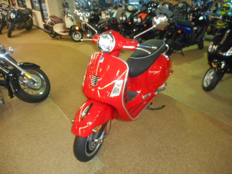 2013 Vespa GTS 300 IE Super, motorcycle listing