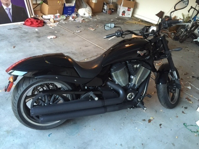 2013 Victory Hammer 8-BALL, motorcycle listing