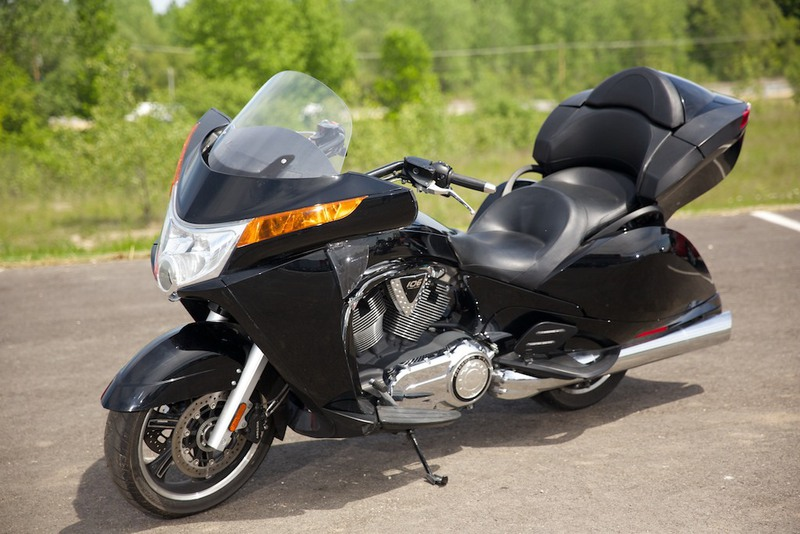 2013 Victory Vision Tour Solid Black, motorcycle listing