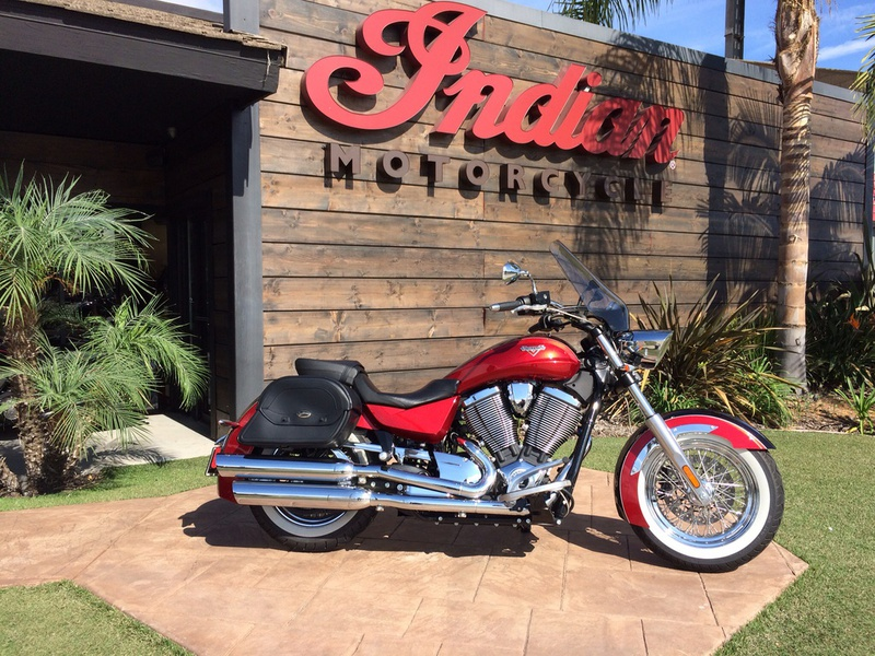 2014 Victory Boardwalk Gloss Black Over Sunset Red Tw, motorcycle listing