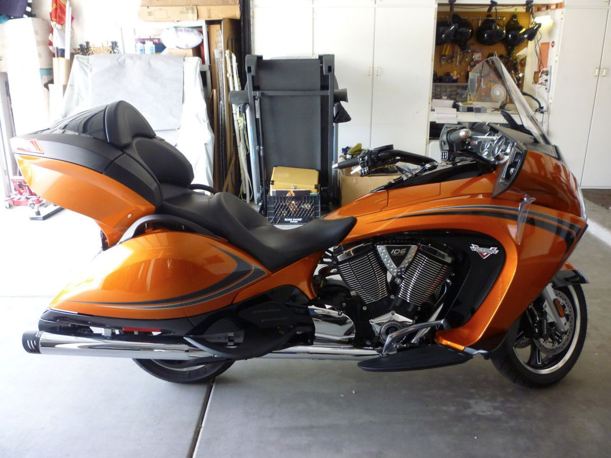 2014 Victory Vision TOUR, motorcycle listing