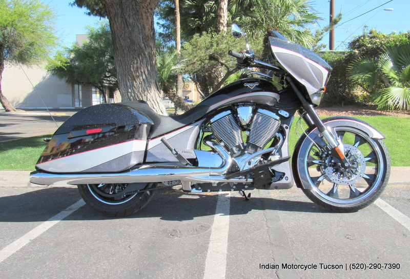 2015 Victory Magnum Metasheen Black over Super Steel , motorcycle listing