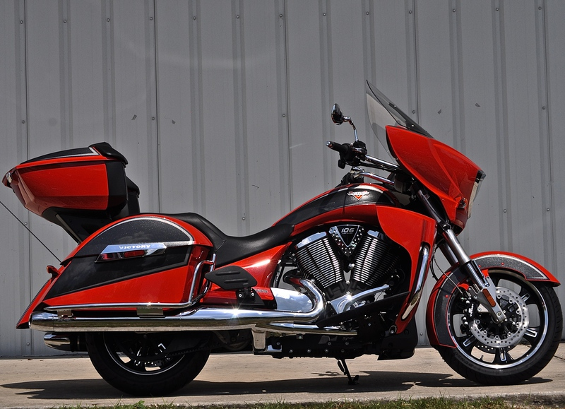 2015 Victory Cross Country Tour Two-Tone Havasu Red P, motorcycle listing