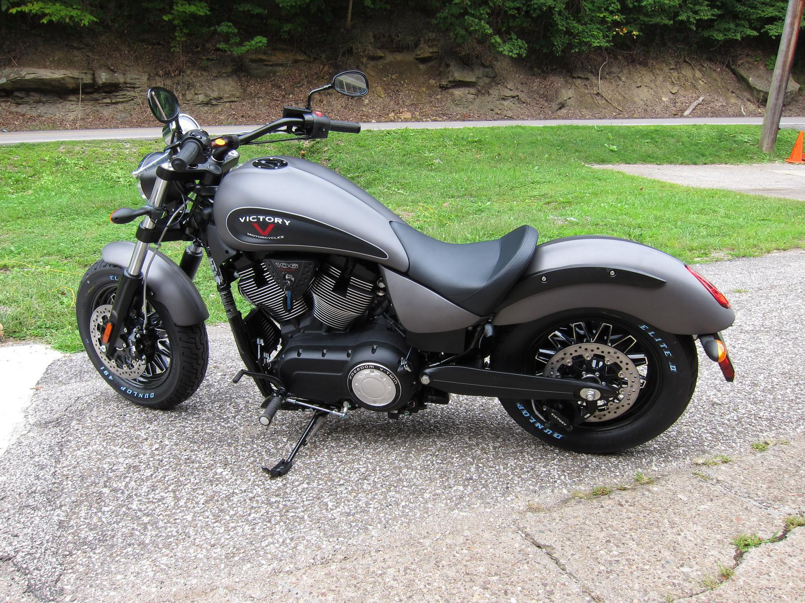 2015 Victory Gunner, motorcycle listing