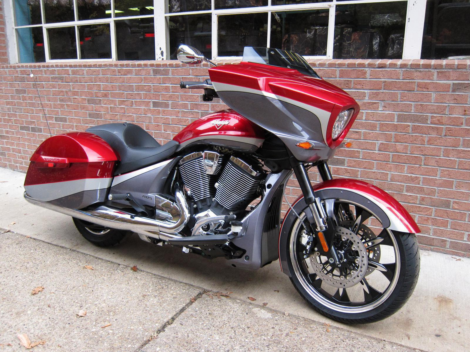 2015 Victory VICTORY MAGNUM, motorcycle listing