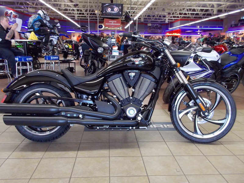 2015 Victory Vegas 8-Ball Gloss Black, motorcycle listing