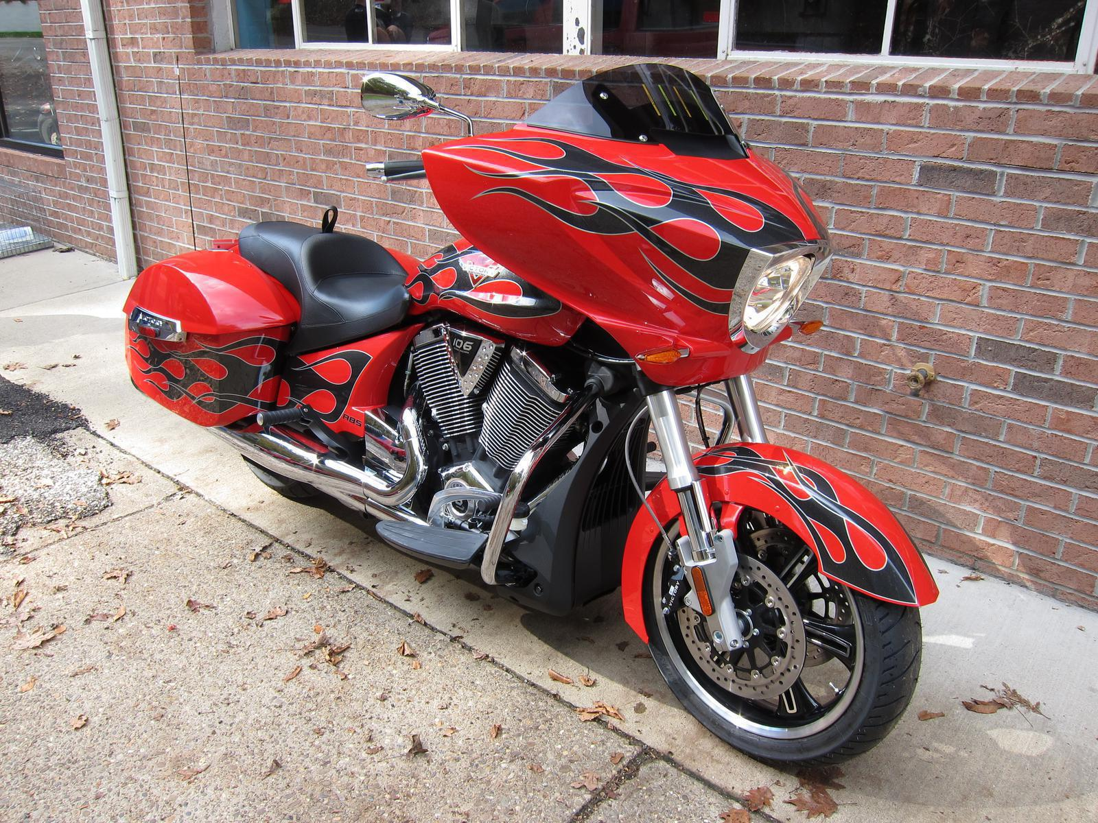 2015 Victory Victory Cross Country - Havasu Red, motorcycle listing