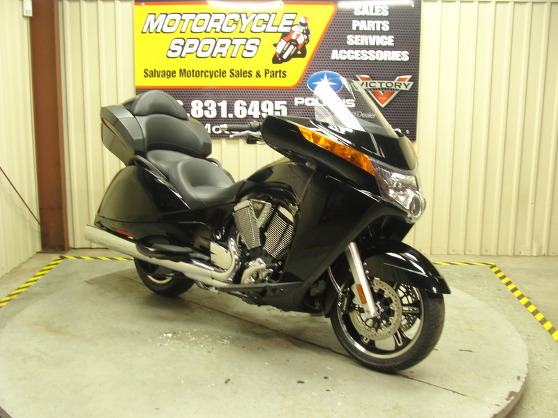 2015 Victory Vision Tour Gloss Black, motorcycle listing