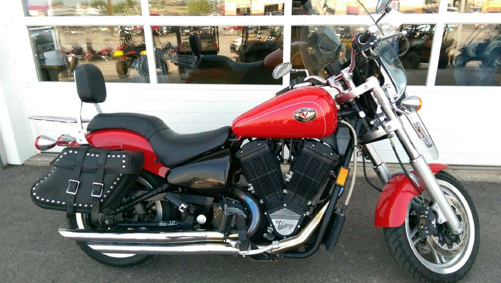 2000 Victory Victory V92SC, motorcycle listing