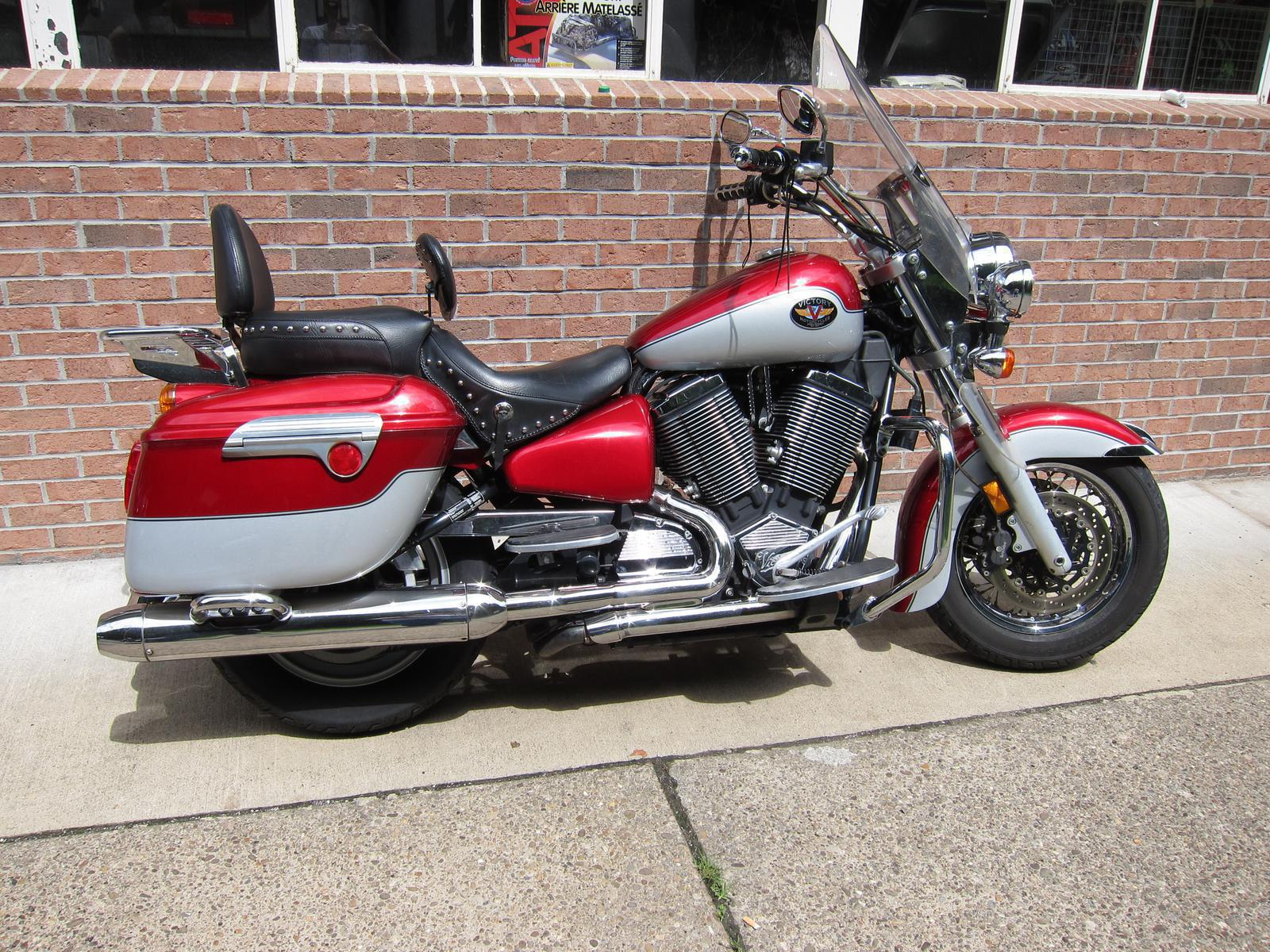 2002 Victory Touring Cruiser, motorcycle listing