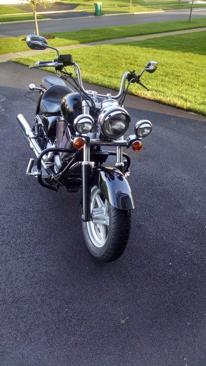 2002 Victory V92 C, motorcycle listing