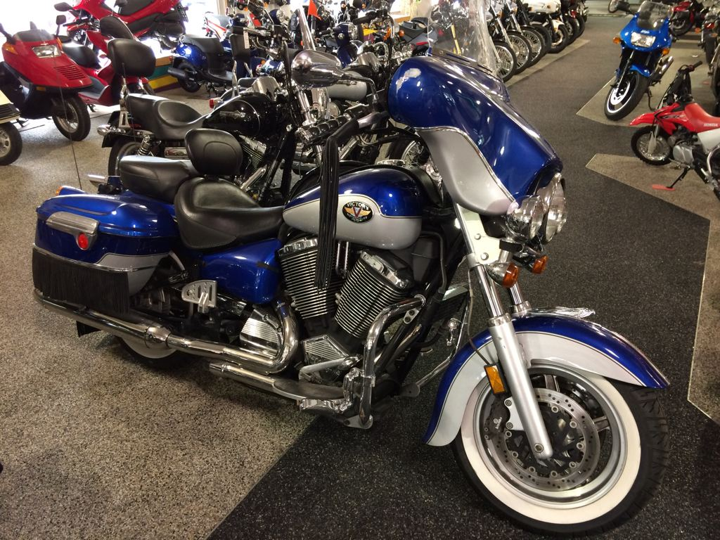 2002 Victory V92TC Deluxe, motorcycle listing