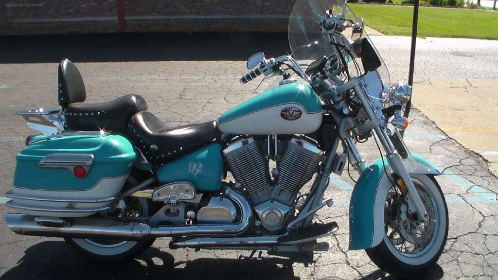 2003 Victory Touring Cruiser, motorcycle listing