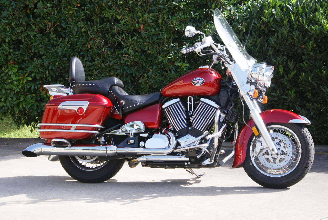 2003 Victory V90TC, motorcycle listing