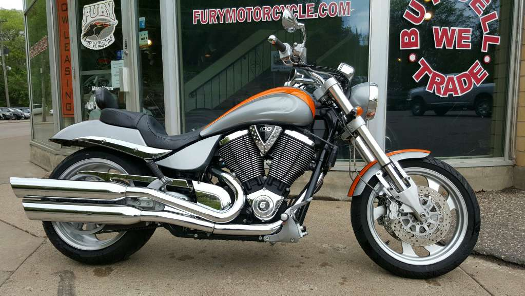 2005 Victory Hammer, motorcycle listing