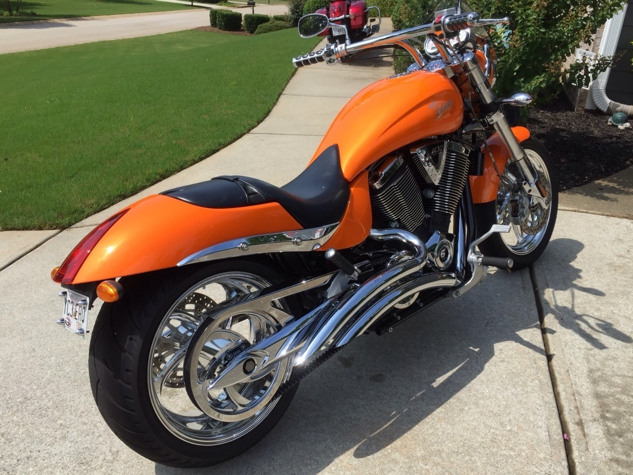 2005 Victory Hammer PREMIUM, motorcycle listing