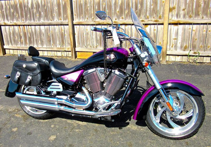 2005 Victory Kingpin Ness Signature Series, motorcycle listing