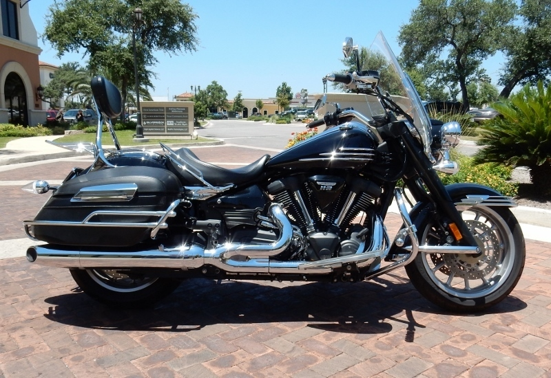 2006 Yamaha Roadliner MIDNIGHT, motorcycle listing