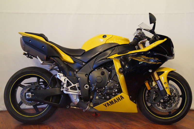 2009 Yamaha YZF-R1 Cadmium Yellow, motorcycle listing