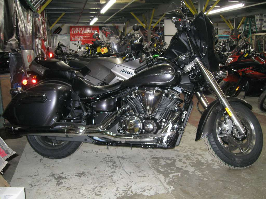 2014 Yamaha V Star 1300 Deluxe, motorcycle listing
