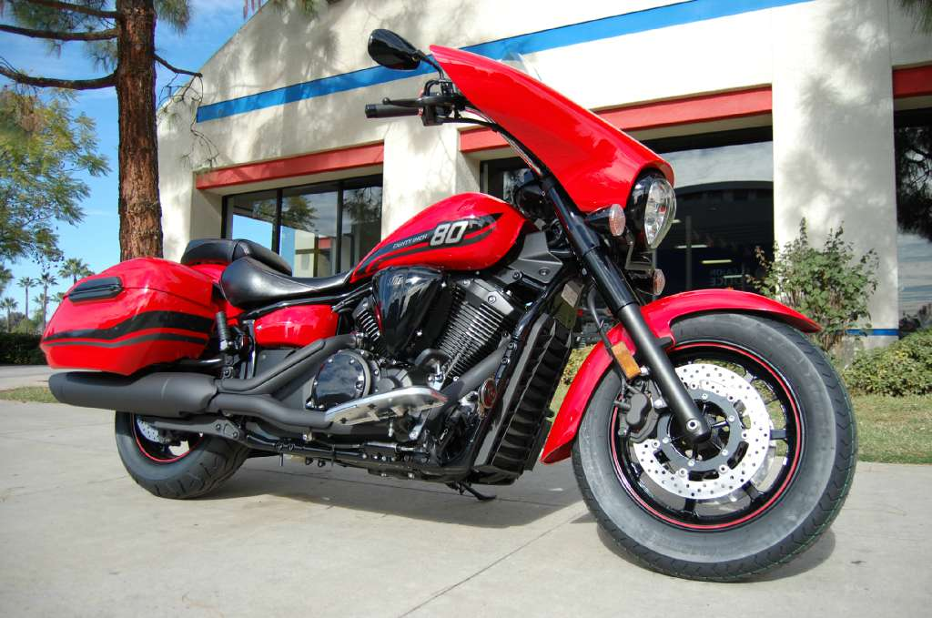 2015 Yamaha V-Star 1300 Deluxe SE, motorcycle listing